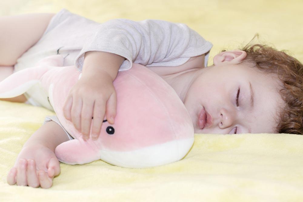 Одного дневного сна мало, адвух— много