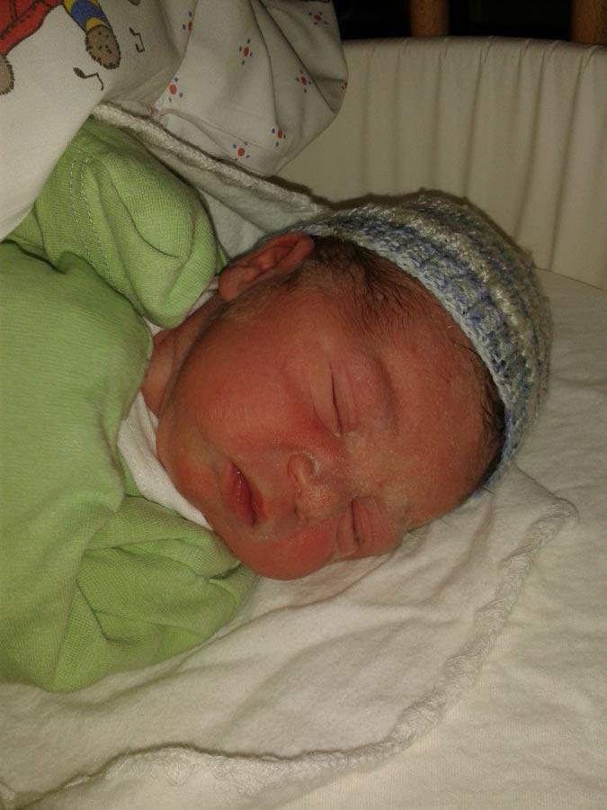 Михаэль наутро после рождения