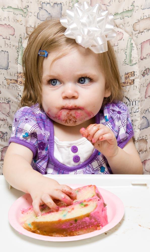 Что делать со сладкими подарками? Сахар в жизни ребенка.  Как отказаться от сладкого