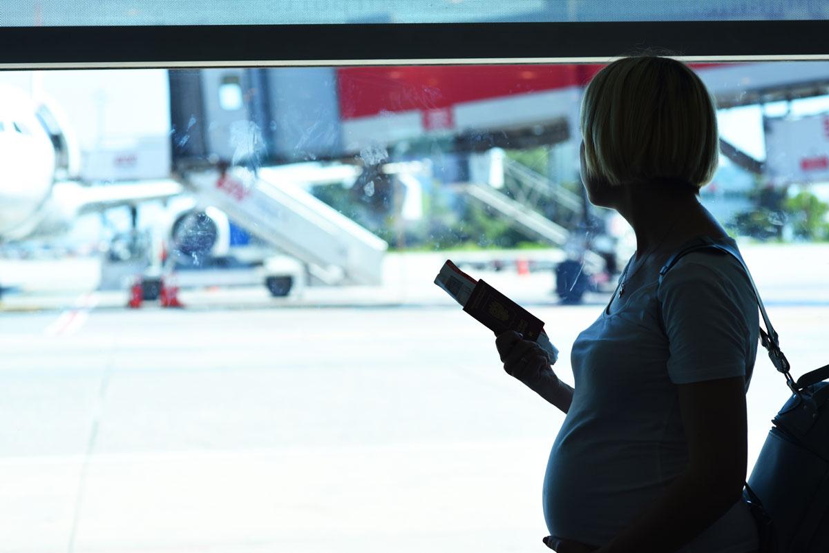 Можноли беременным летать насамолете?