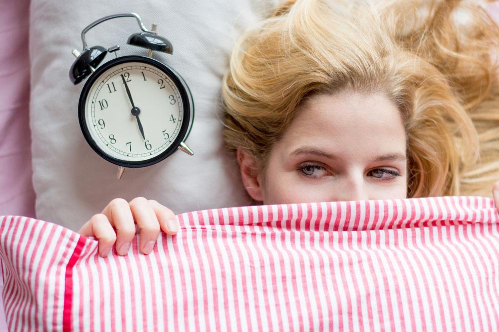 Как выработать привычку рано вставать