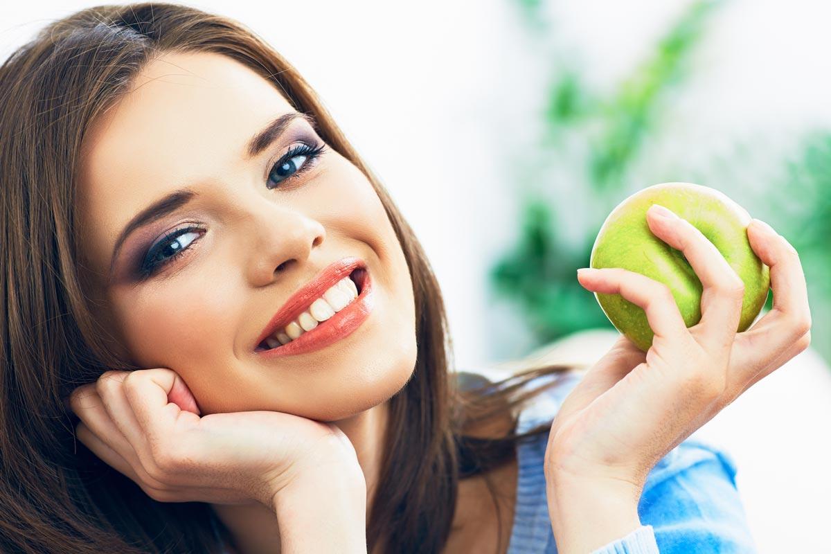 Яблоки скожурой против рака