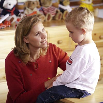 как смотрят письку мальчика у врача