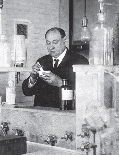 доктор Уайли доказал безопасность консервантов в продуктах