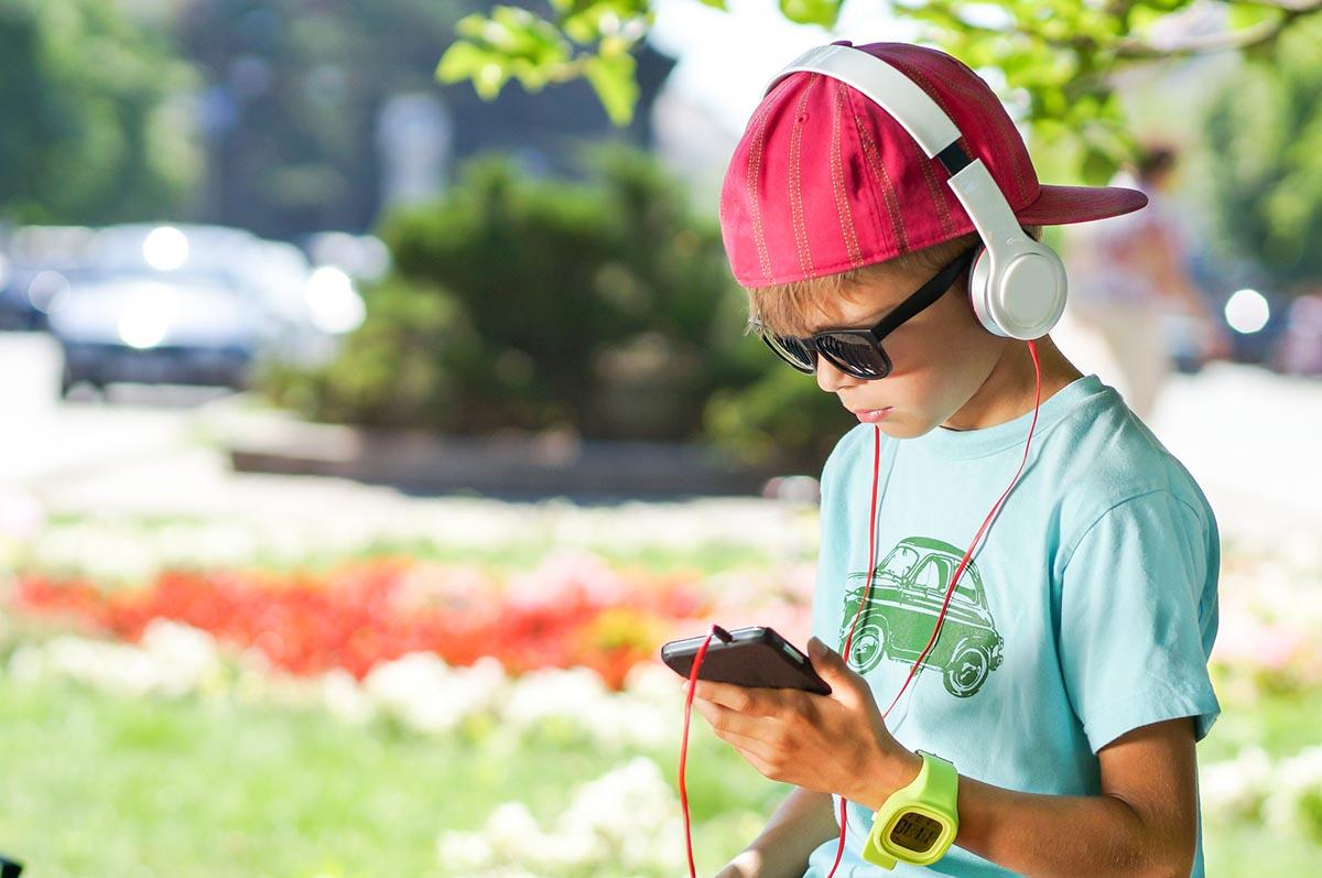 Что плохого может случиться с ребенком в соцсетях