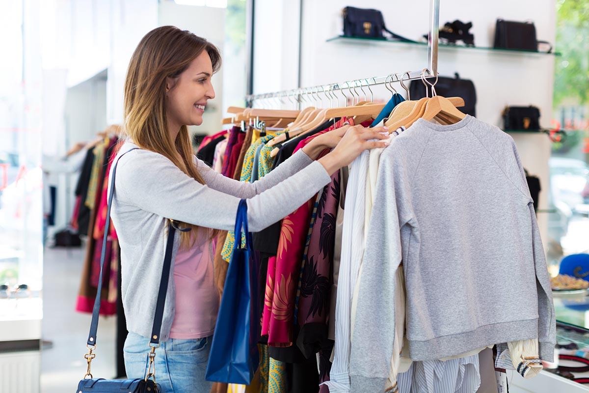 как собрать базовый гардероб недорого