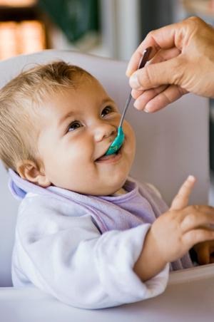 Чем бы подкрепиться? Питание ребенка от года до полутора лет
