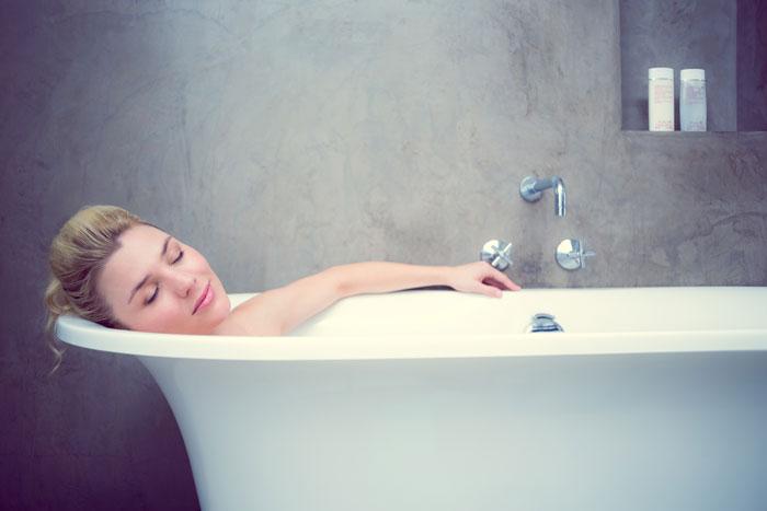 Ванны с растительными добавками и маслами