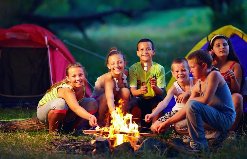 Что происходит в современных детских лагерях