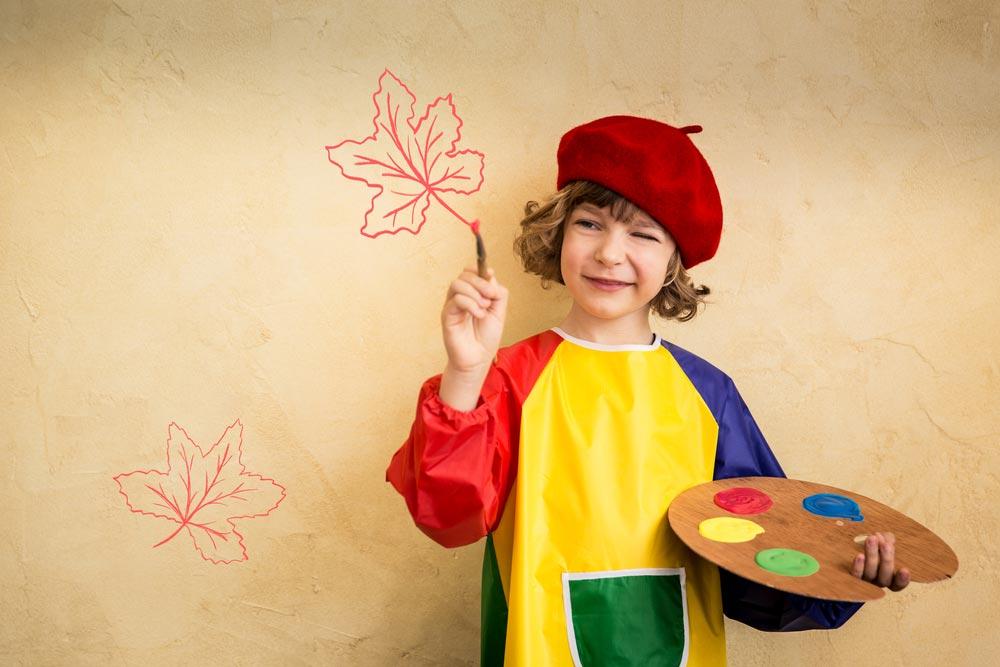Создаем творческий уголок для ребенка