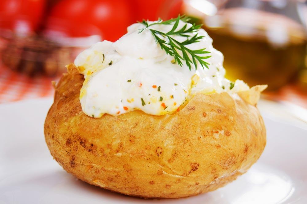 Как правильно готовить молодой картофель