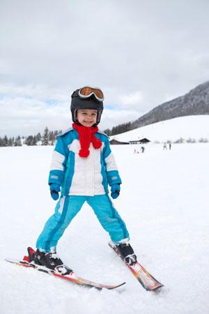 Одежда и снаряжение для горных лыж для детей
