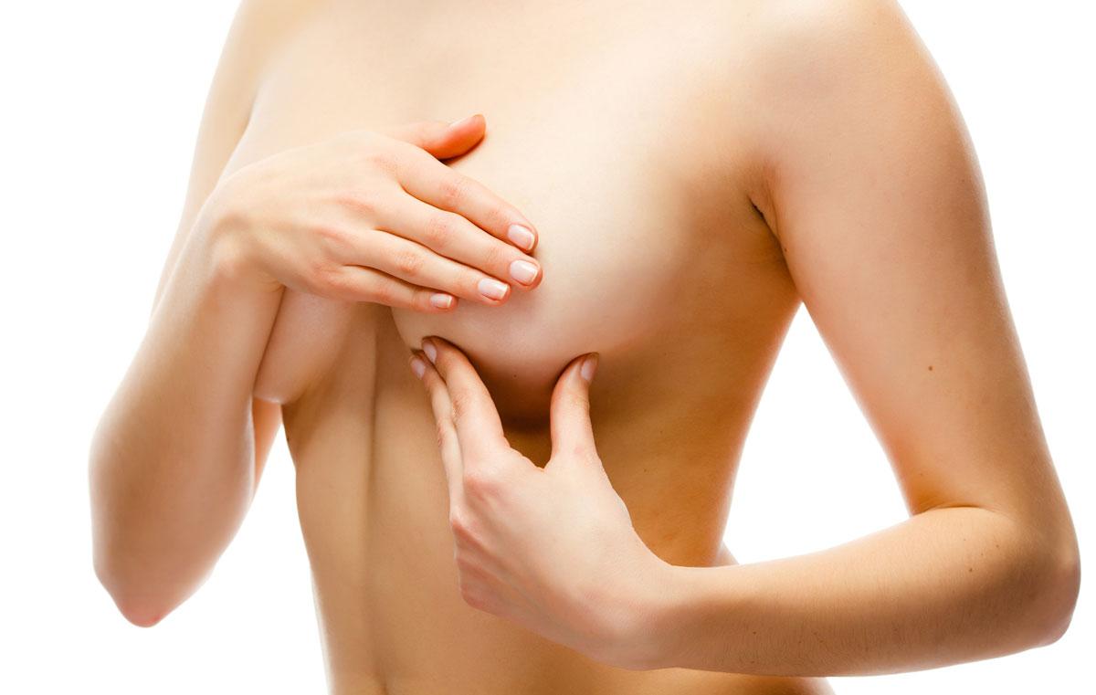 Массаж груди для лучшего отделения молока