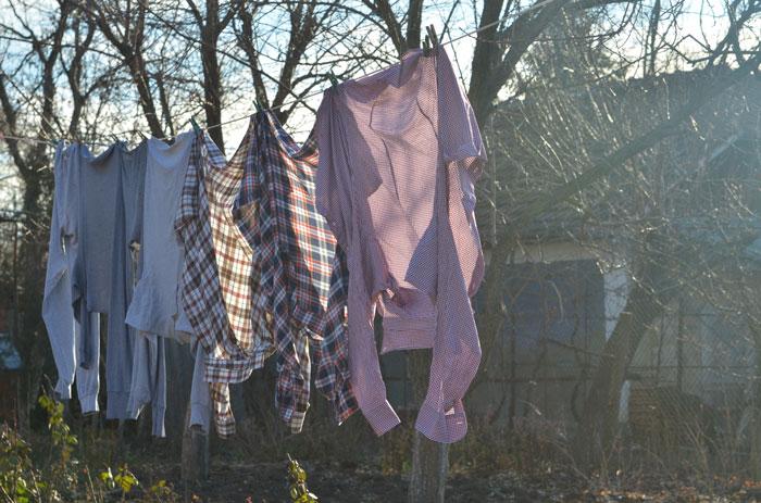 Как стирать белье на даче