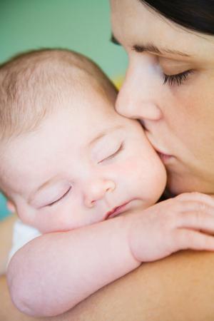 Болезнь кормящих мам. Причины и лечение мастита