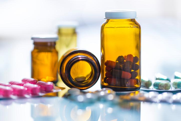 От каких гормональных таблеток и антидепрессантов поправляются