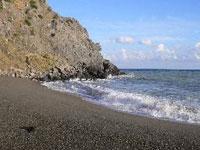 Жизнь на вулкане или остров синей воды