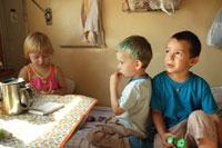 С малышами на Эльбрус