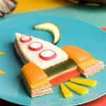 Как накормить ребенка? Украсить еду!