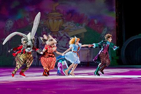Розыгрыш билетов на шоу «Алиса в зазеркалье»